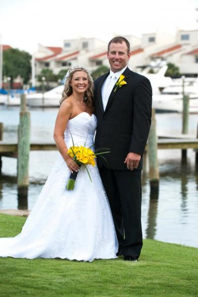 Downtown event at Palafox Wharf in Pensacola Florida. Gorgeous bride and groom!